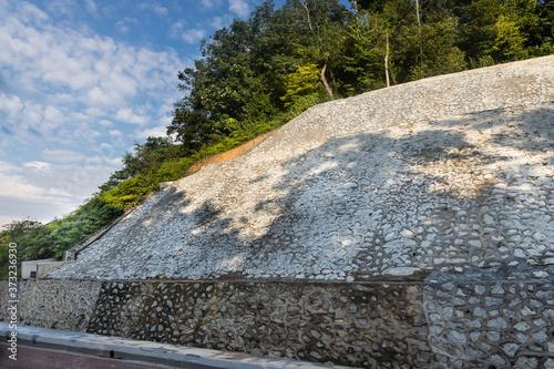 Slope retention engineering to prevent soil erosion and landslide Fototapet