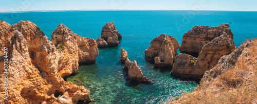 Mesmerizing shot of Ponta da Piedade, a scenic spot in Portugal Fototapeta