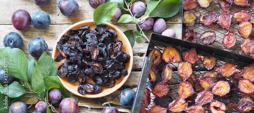 Fruit plum chips Fototapete