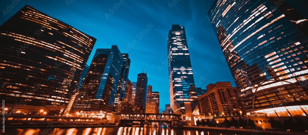 Fototapeta panoramic view of Chicago skyline by night