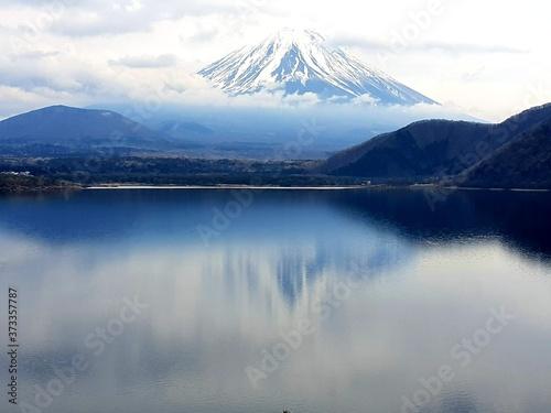 Fototapeta Monte Fuji visto desde el Lago Motosu