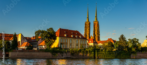 Wroclaw, Poland- Panorama of the historic and historic part of the old town Ostrow Tumski Fototapete
