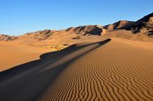 A Pristine Namib Desert Dune I...