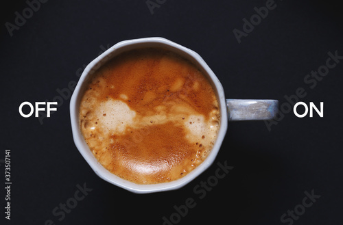 cup of coffee on a black background Fototapete