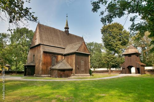 Cuadros en Lienzo Gotycki kościół drewniany w Mogile z 1466 roku, Kraków, Nowa Huta