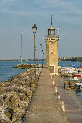 Obraz na płótnie Beautiful lighthouse in Desenzano del Garda on Lake Garda in Italy