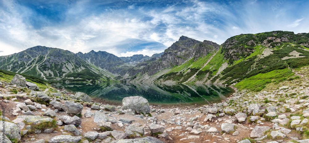Panorama from polsih Tatra mountains - gasienicowy black pond