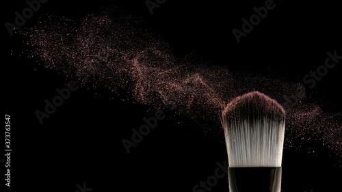 Obraz powder splash and brush for makeup close up - fototapety do salonu