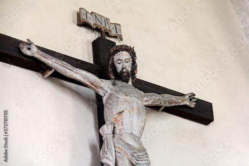 antico crocifisso ligneo nella chiesa di Santo Stefano a Pinzano (Bolzano) Slika na platnu