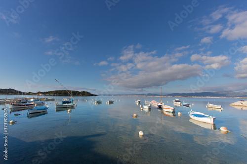 anciennes barques de pêcheurs dans les sud de la france, à la Seyne sur Mer, Côt Canvas Print