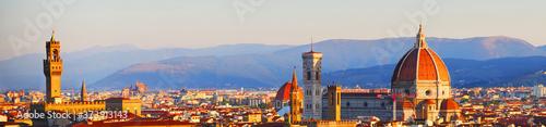 Florenz, Italien: Panorama des Zentrums mit dem Palazzo Vecchio und den Duomo in Canvas