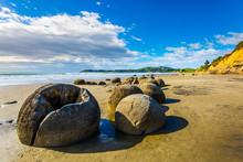 The Stone Boulders Moeraki