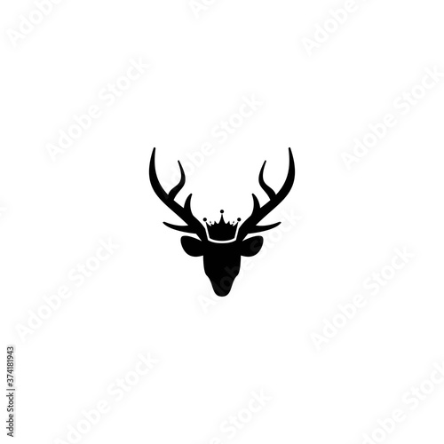 Obraz na plátně Black silhouette of deer head with antlers and royal crown.