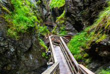 Sigmund Thun Gorge. Cascade Va...