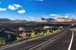 Leinwanddruck Bild - Auf der Kanareninsel Lanzarote finden Radsportler ideale Wetterbedingungen für ihren Sport