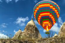 Hot Air Balloons Flying Over V...