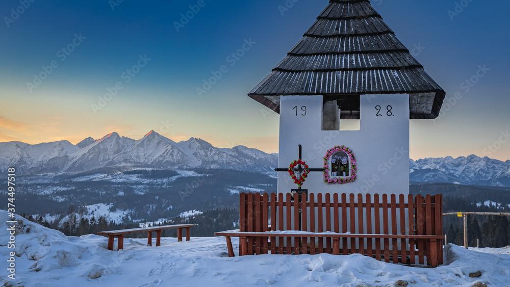 Lapszanka pass and snowy Tatra mountains at sunrise