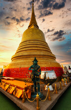Golden Buddhist Bell,Thai Scul...
