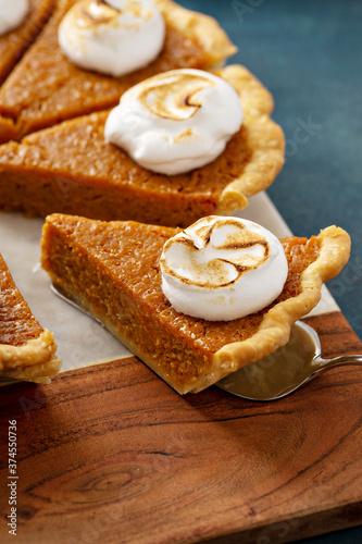 Fototapeta Sweet potato pie with toasted marshmallow topping