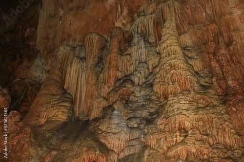 Fototapeta 秋芳洞 くらげの滝のぼり
