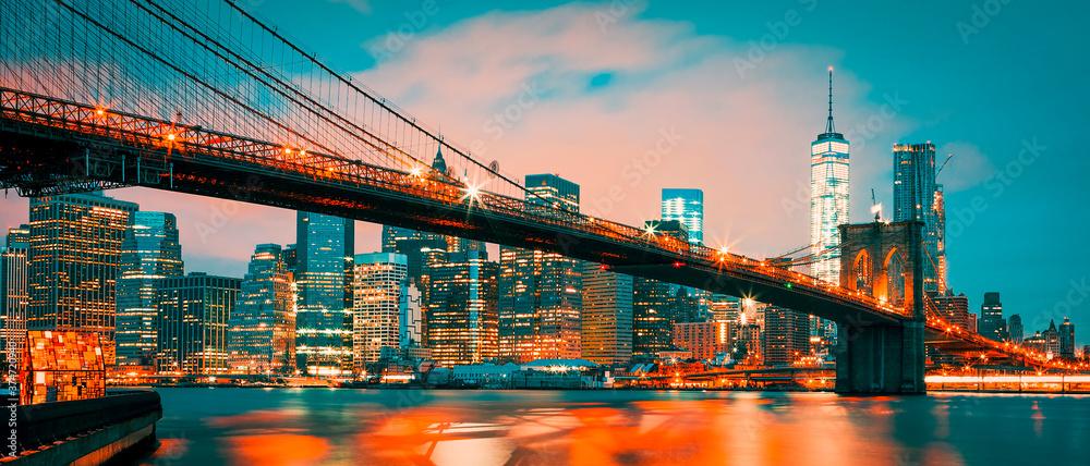 Fototapeta Brooklyn Bridge at dusk