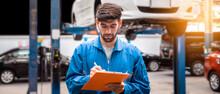 Mechanic In Blue Work Wear Uni...