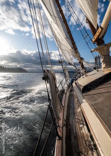 Vászonkép Sailing the PNW
