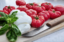 Food: Bulls Heart Tomatos, Moz...