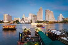 Chao Phraya River And The Modern Bangkok Skyline, Bangrak District, Bangkok, Thailand, South East Asia