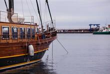 Details Of Old Boat