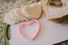 Making Heart Shaped French Toa...