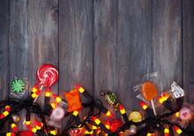 Halloween: Candy And Candy Cor...