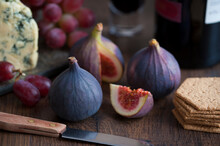 Fresh Figs Wine Cheese And Crackers