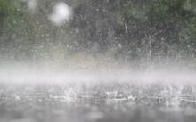Prasselnder Regen