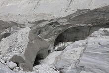 La Mer De Glace En été, Glacier Sur Le Massif Du Mont Blanc Dans Les Alpes, Ville De Chamonix, Département De Haute Savoie, France