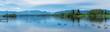 canvas print picture - Staffelsee Panorama bei Murnau in Bayern mit Alpenblick am Horizont und Enten auf dem See