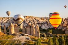 Flying Balloons Over Unbelieva...