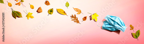 Fotografering Facial masks with autumn leaves - flat lay