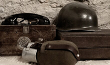 Antique World War Military Field Equipment Old Army Soldier Helmet And Water Canteen Flask Bottle Old Standard Field Telephone