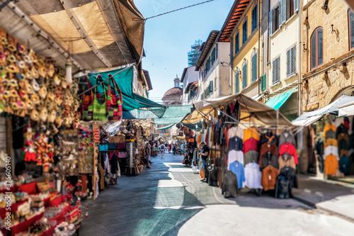 Fotografie, Obraz Einkaufsstraße in Florenz