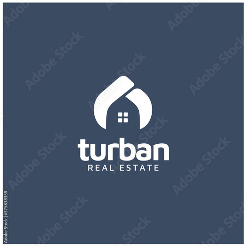 Fotografía Arabian or Indian Turban Guru Sultan with House Windows for Home Real Estate log