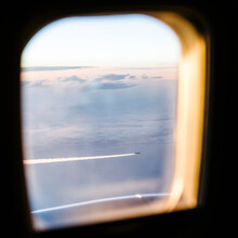 A Plane View From Another Plane - Air Traffic