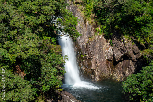 鹿児島県 屋久島国立公園の竜神の滝