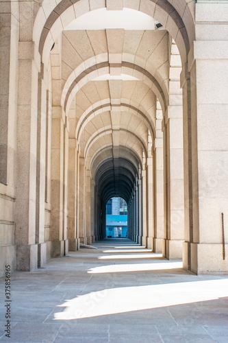 Billede på lærred Marble arched corridor