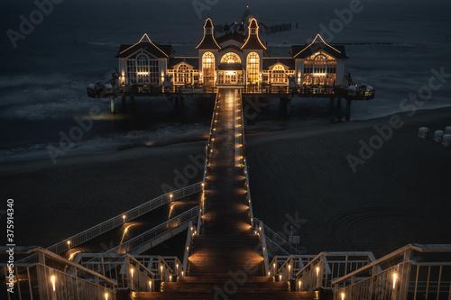 Carta da parati pier at night