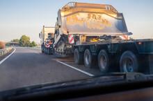 Oversize Load Truck Transporti...