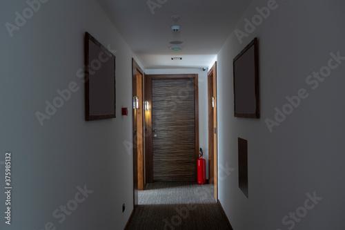 Obraz na plátně Interior of a hotel corridor doorway