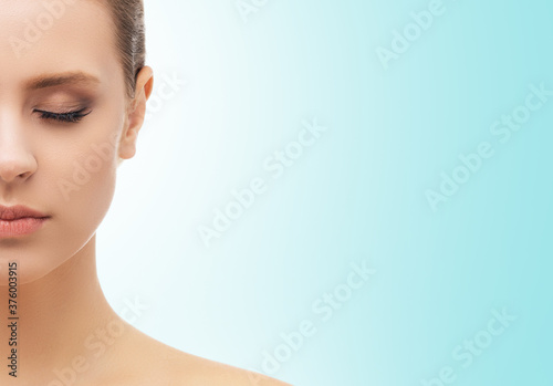 Obraz Face of a beautifyl girl. Plastic surgery, skin lifting and cosmetics concepts. - fototapety do salonu
