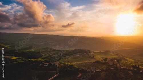 valle del chianti al tramonto Billede på lærred