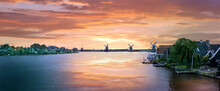 Panoramic Zaanse Village, The...